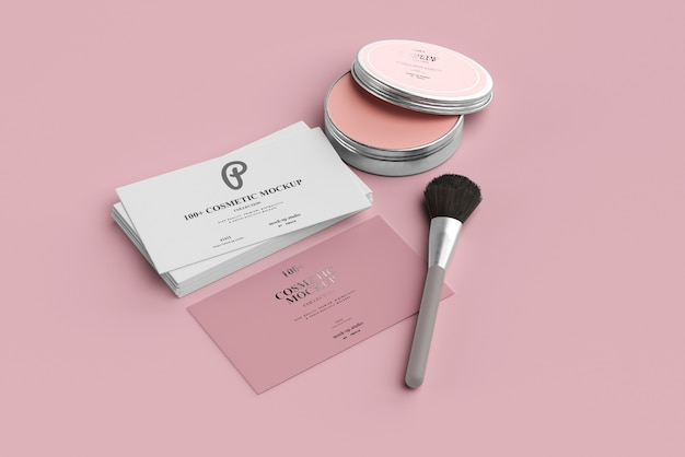 Maquetas de productos cosméticos con tarjetas de visita