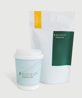 Maquete de embalagem para uma loja de café