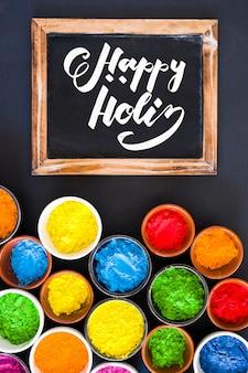 Maquete do festival de Holi com ardósia