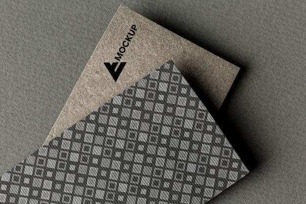 Marca comercial en maqueta de tarjeta
