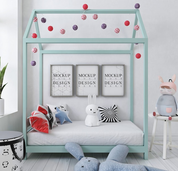 Marco de póster de maqueta en el dormitorio de los niños blancos