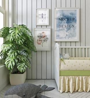 Marcos de carteles de maquetas en el dormitorio moderno del bebé