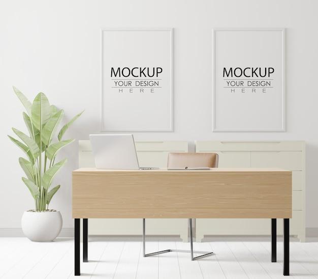 Marcos de póster en maqueta de oficina