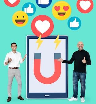 Marketing digital en tableta.