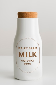 Melkveebedrijf melk natuurlijk 100%. 29 januari 2020 - bangkok, thailand