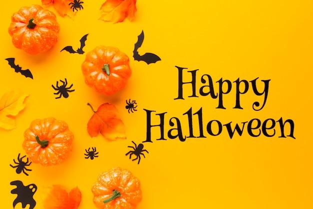 Mensaje feliz halloween con calabazas