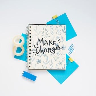 Mensaje motivacional en el cuaderno
