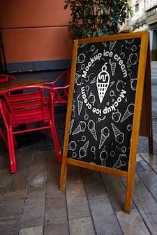 Menú de letrero de maqueta helado