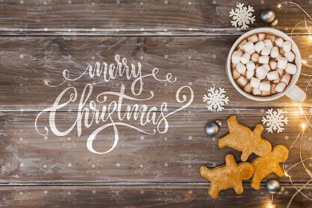 Merienda de navidad en mesa de madera