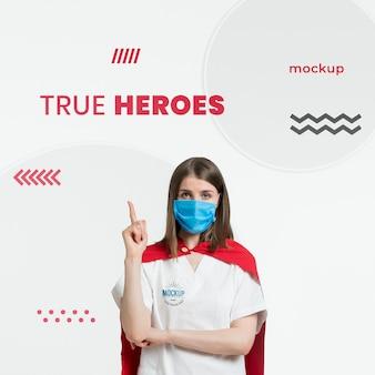 Middellange shot vrouw draagt masker