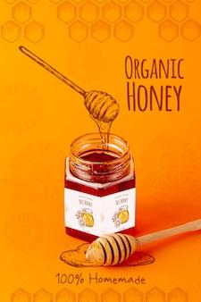 Miel orgánica en tarro con maqueta