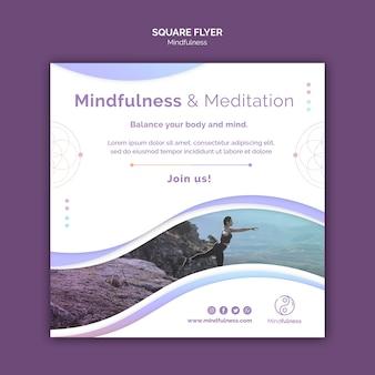 Mindfulness concept vierkante flyer-sjabloon