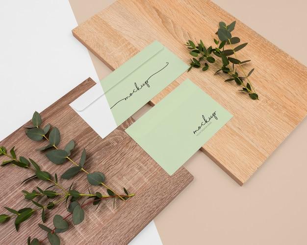 Minimale briefpapier opstelling hoge hoek