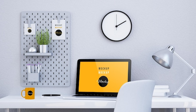 Minimalistisch zwart-wit bureau met een geïsoleerd modelontwerp van het schermlaptop