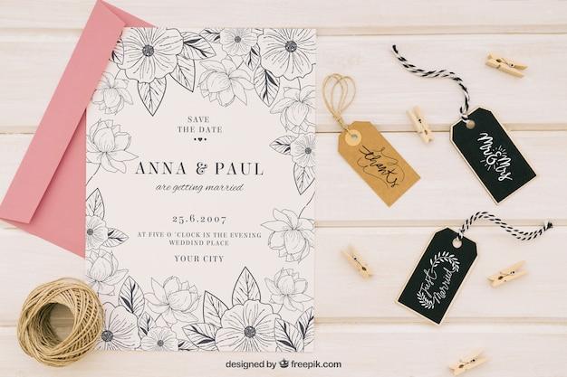 Mock up de boda con etiquetas y accesorios