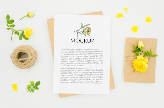 Mock-up botanico del negozio di fiori piatto laici