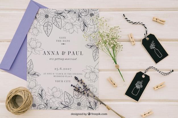 Mock up con elegante invito di nozze