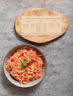 Mock-up del concetto di menu di cibo italiano