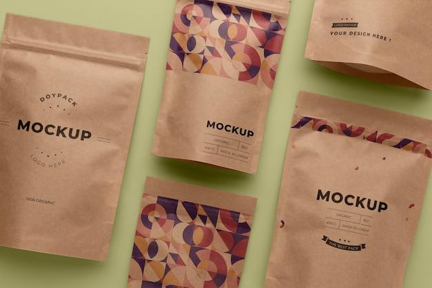 Mock-up doypack arreglo minimalista.