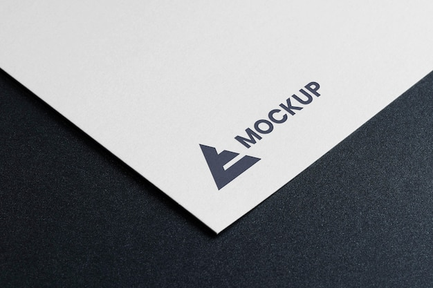 Mock-up logo-ontwerp hoge weergave