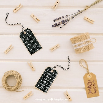 Mock up met labels en bruiloft accessoires