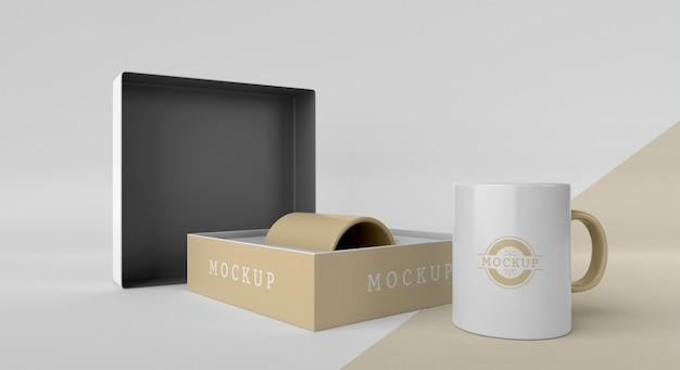 Mock-up mok box arrangement