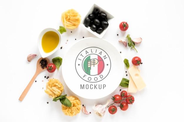 Mock-up piatto di cibo italiano