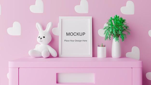 Mock up posterframe met schattig konijn voor een meisjesbaby shower 3d-rendering