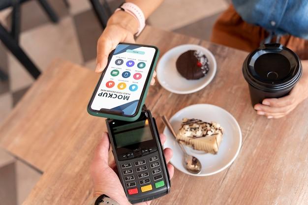 Mock-up smartphone betalend app-scherm
