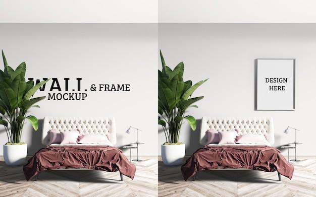 Mockup a parete e struttura il letto ha una coperta marrone rossastra