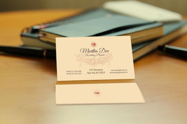 Mockup-bestand voor visitekaartjes