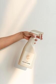 Mockup de botella de spray de lavandería psd para limpieza de envases de productos de marcas