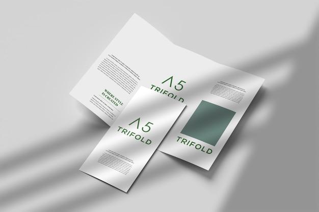 Mockup brochure moderno a tre ante