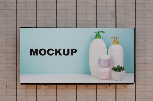 Mockup cartellone sul muro