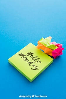 Mockup creativo di nota adesiva