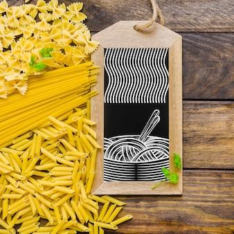 Mockup de cerca de pizarra con concepto de pasta