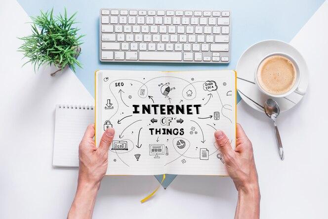 Mockup de libro con concepto de internet de las cosas