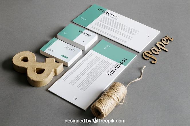 Mockup de papelería con cuerda y ampersand