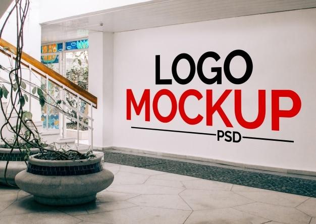Mockup de pared para logotipo