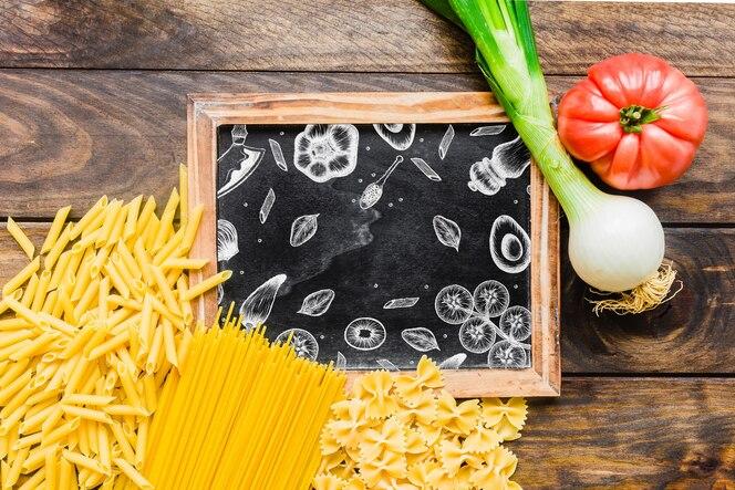 Mockup de pizarra con concepto de pasta