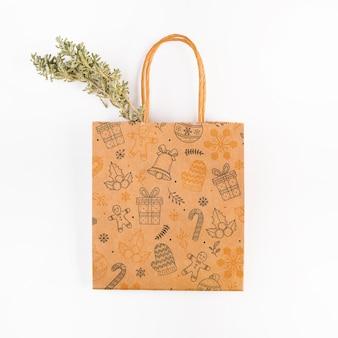 Mockup del sacchetto della spesa con il concetto di natale