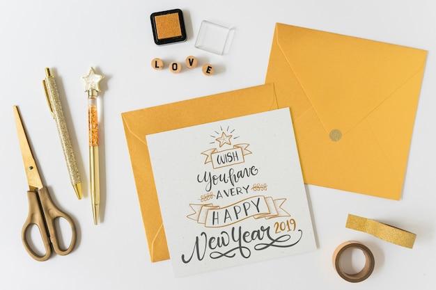 Mockup della cartolina d'auguri con il concetto del nuovo anno