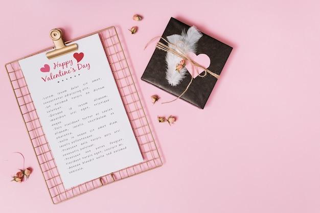 Mockup di appunti per san valentino
