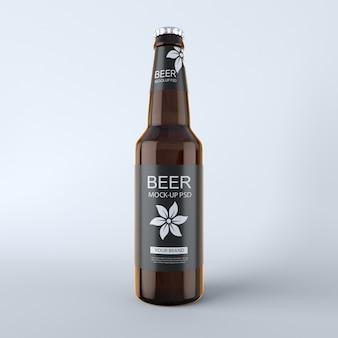 Mockup di bottiglia di birra