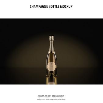Mockup di bottiglia di champagne