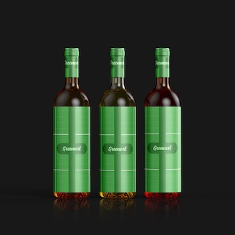Mockup di bottiglia di vino in vetro trasparente