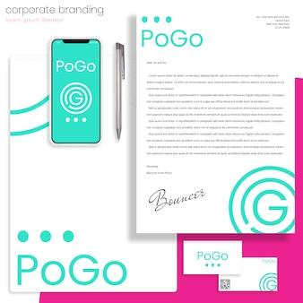 Mockup di branding aziendale con lettera, cartella e biglietti da visita