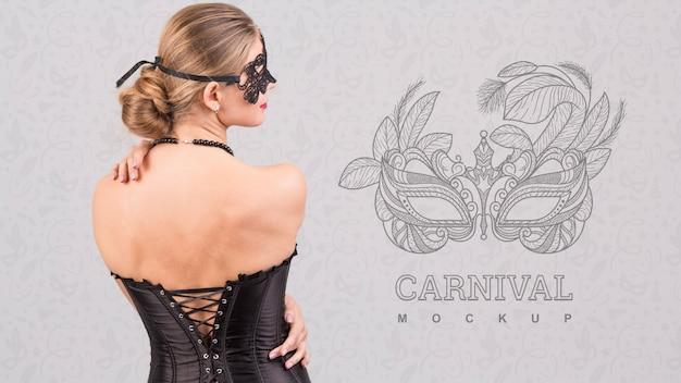 Mockup di carnevale con l'immagine della donna