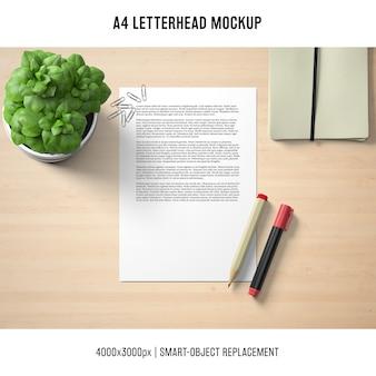 Mockup di carta intestata a4 con basilico