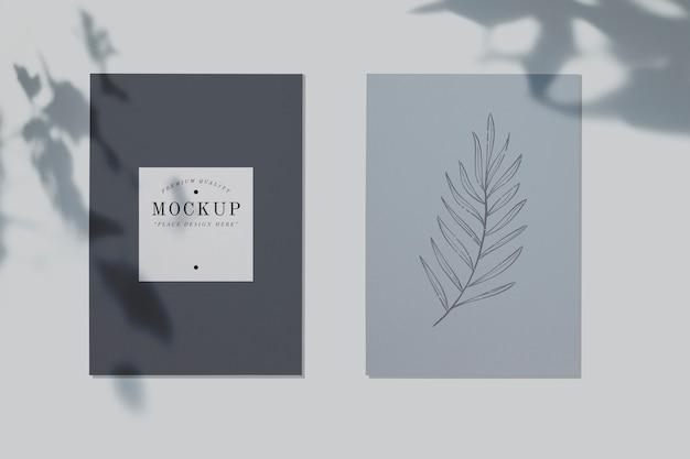 Mockup di carte di qualità premium con un design a foglia